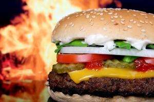 Burger King yeni reklamlarında yapay zeka ile dalga geçiyor
