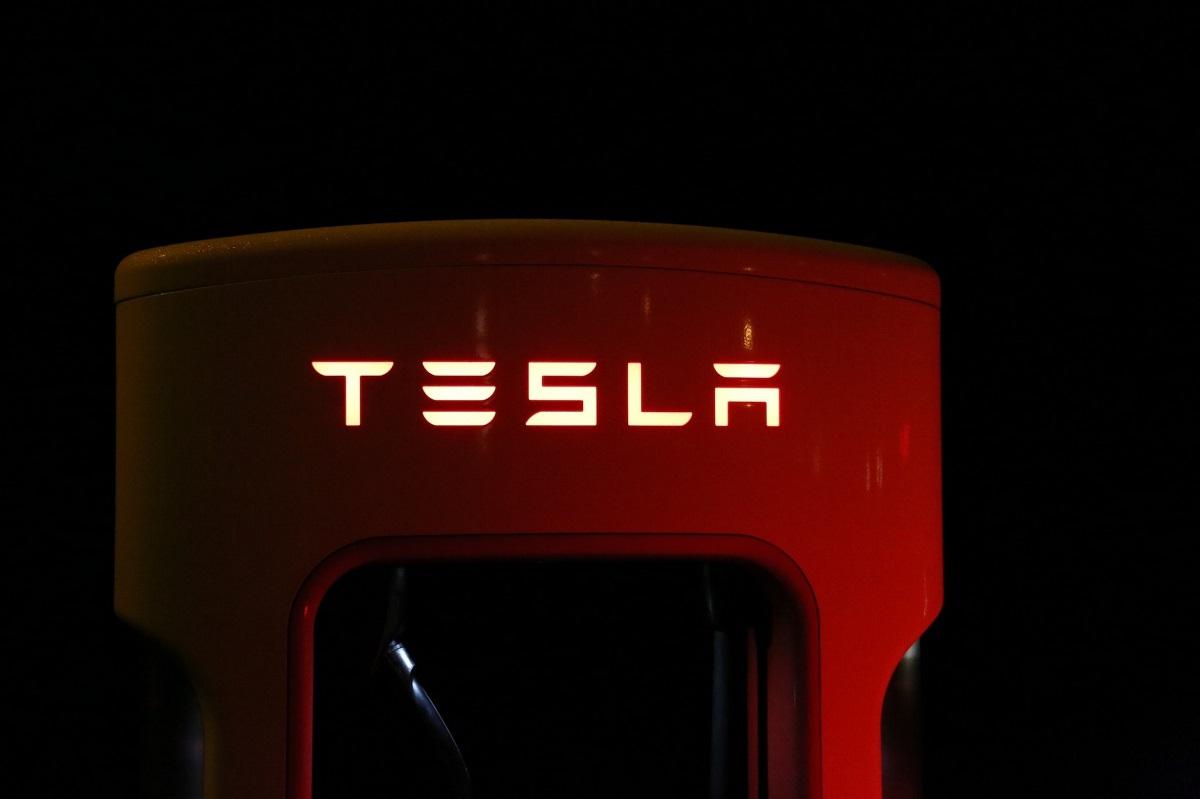 Elon Musk'tan herkesin okuması gereken 9 kitap